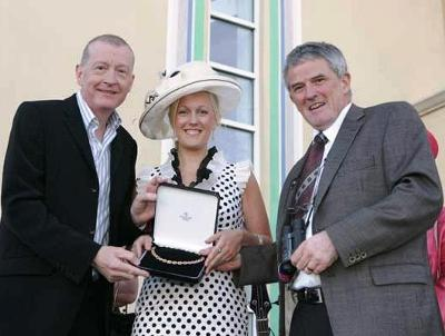Steve Davis with the 2009 Best Dressed Lady